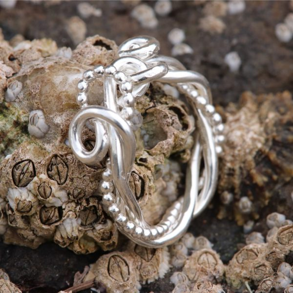 Celtic Twist Knot Ring (10)-min