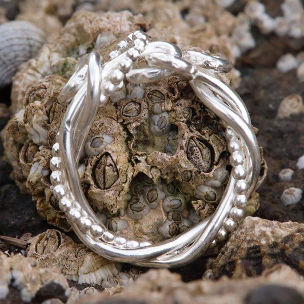 Celtic Twist Knot Ring (7)-min