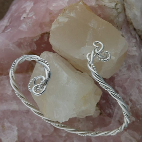 Celtic Twist Open Bangle (11)-min