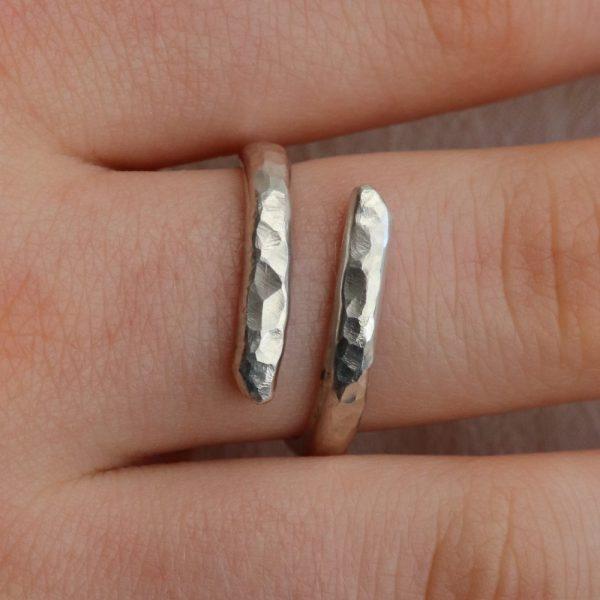 Hammered Snake Ring (24)-min