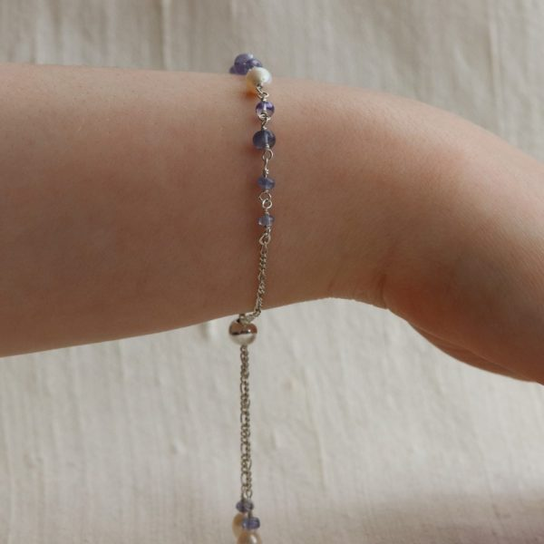 Tanzanite and Pearl Slider Bracelet (10)-min