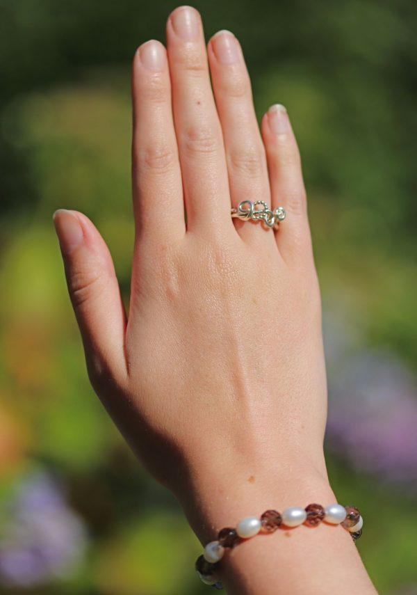 Smokey Quartz and Freshwater Pearls Bracelet 3-min (1)