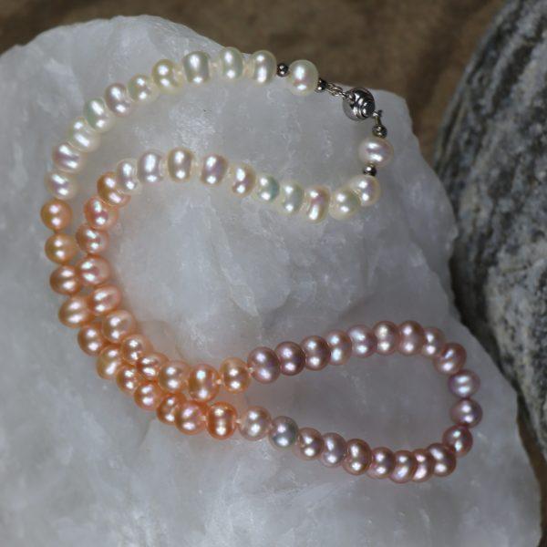 Colour Graduated Pearls 12 b