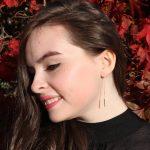 Tsavorite Garnet Threader Earrings 6 b