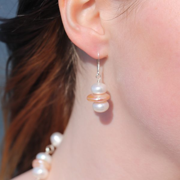 Button and Coin Pearls Earrings 15